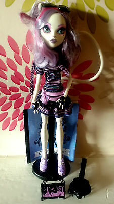 *Monster High Catrina Demew City Of Frights Doll*Diary,Stand, Brush,Bag,Glasses