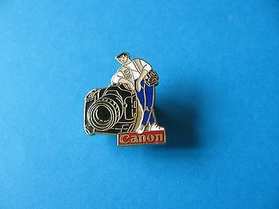 CANON Camera Pin Badge. VGC. Enamel.