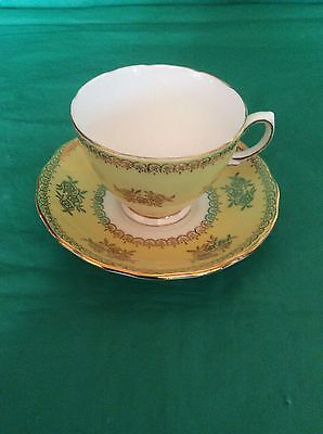 Bone China Coiclough Made In England Cup & Saucer
