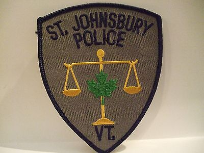 police patch   ST JOHNSBURY POLICE VERMONT