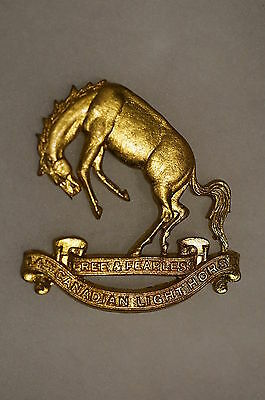 WW2 Canadian 14th Canadian Light Horse Cap Badge