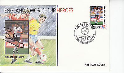 Bryan Robson Signed Englands World Cup Heroes Cover