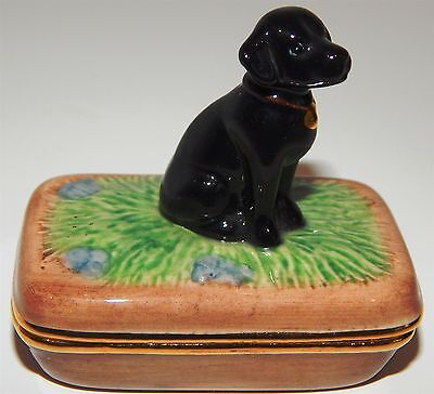 Delightful Little Dish With A Retriever Dog On Top And It's Job Done Inside!