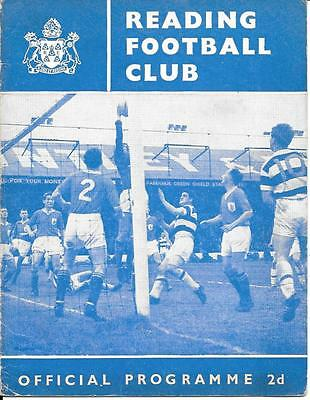 Reading Reserves v Millwall Reserves 1962/63  - 4 Page card