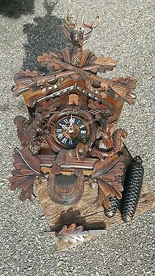 Vintage German 8 day Hunter's Cuckoo Clock Black Forest Germany Squirrel & Stag