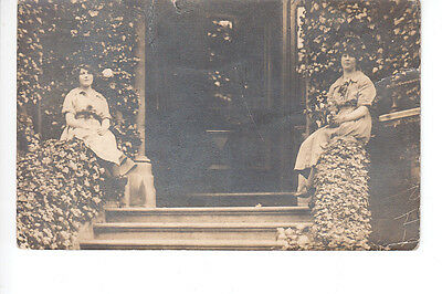 Rppc of 2 ladies sitting at large house doorway by Horne, New Broad St London