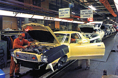 Ford Mustang 1974 final assembly in Ford factory – photograph photo