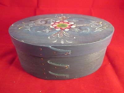 "Vintage 7"" Oval Blue Decorated Shaker 2 Finger Pantry Box With Lid"