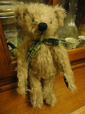 DEAN'S RAG BOOK CO. HUGO 2001 Membership Bear 10 Inches