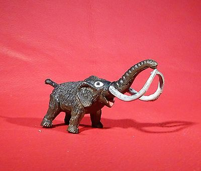 1972 Inpro MAMMOTH old Plastic SMALL DINOSAUR vintage collectable toy figure