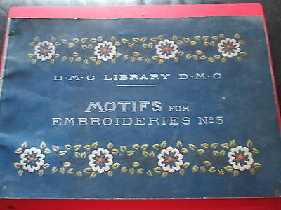 DMC Library : Motifs for Embroideries No 5  Complete with tracings pb 1969