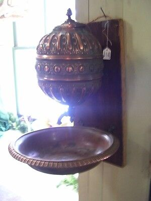 Lavabo  Copper,  European early19th century great coloring