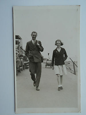 4 vintage B&W PC's same family members Father Son Daughter. Margate Gt. Yarmouth
