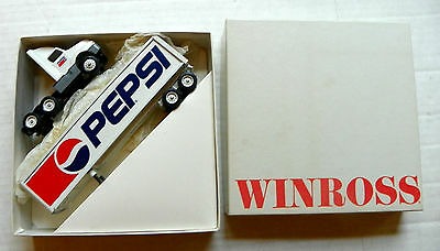 "1990 Winross ""pepsi-Cola"" Heavy Die-Cast Metal Delivery Trailer Truck - Mib"