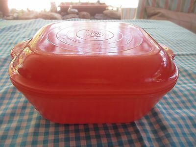 VINTAGE RED PYREX AGEE CASSEROLE DISH WITH COVER 1950s