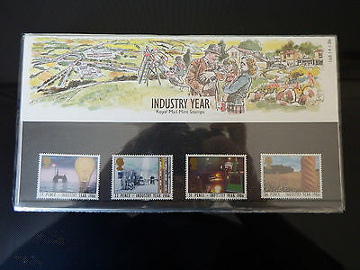 Qe2 Superb 1986  Industry Year  Presentation Pack In Mint Condition