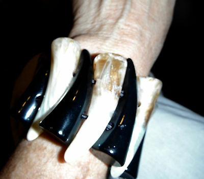 lucite horn  stretch bangle bracelet teeth shaped black marbled cream monies