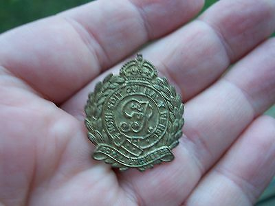 Nice Small Brass Royal Engineers Pin Badge,,needs A Clean On Back....