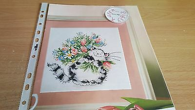CROSS STITCH CHART Flowers for you cat chart Margaret Sherry