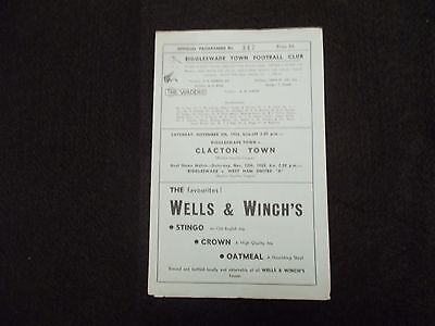BIGGLESWADE TOWN v CLACTON TOWN 5th NOV 1955 EASTERN COUNTIES LEAGUE