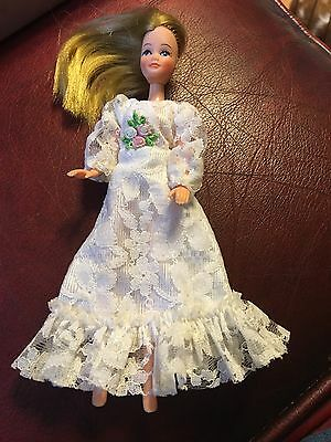 Vintage Pippa Doll In A Bride's Bridle Wedding Dress  Excellent Condition