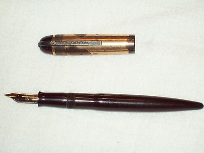 Vintage Eversharp Skyline Fountain Pen 14K Nib
