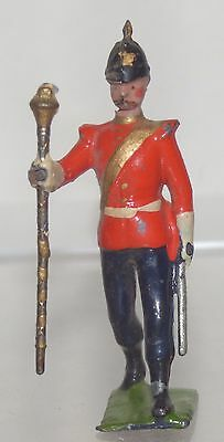 MB15- Britains spare Officer from rare set 321 Drum & Fife Band of the Line
