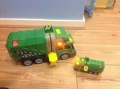 2 X Recycle Garbage Truck with Light & Sound