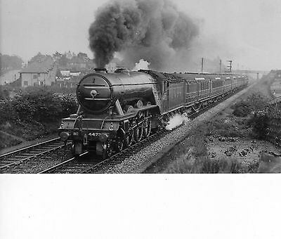 "Photo LNER Class A3 No 4473 ""Solario"" soon after leaving Bulwell Common 22/5/39"
