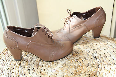 DOLCE chaussures, cuir, T 37.