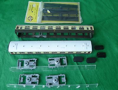KIT PARTS FOR TWO 'GWR' 3rd COACHES, brown/cream,  (OO Gauge) - INCOMPLETE