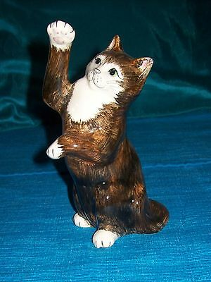 Babbacombe Pottery,Black & White Cat,Standing,Hand Made & Hand Painted,England