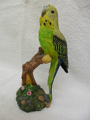 Large - Green And Yellow Budgerigar Budgie Bird Figurine Ornament - Shudehill