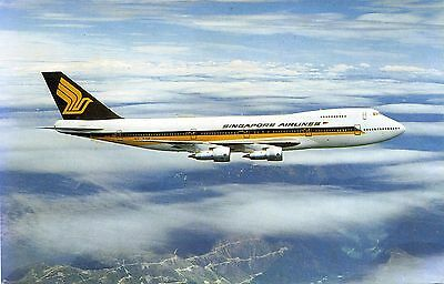 Singapore Airlines - Boeing 747-200 - Airline Issue Postcard