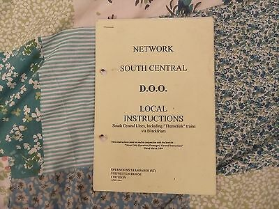 British Railways Network South Central Train Crew Manual DOO Instructions 1994