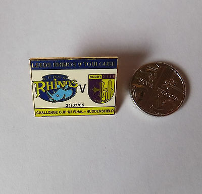LEEDS RHINOS v TOULOUSE CHALLENGE CUP SEMI 31/7/2005 rugby league pin badge