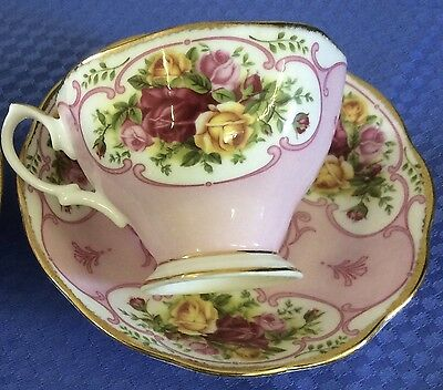 "Royal Albert ""rose Cameo Pink"" Cup And Saucer - Bone China - Like New - 2003"