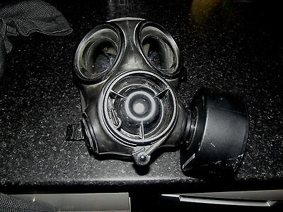S10 Gas Mask 2007 Size 4 Vgc + Filter