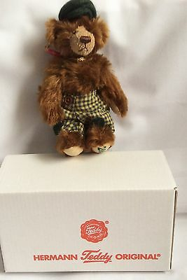 Hermann Original 2009 Club Bear Mint Boxed, Brown With Patch Trousers And Hat