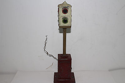 Prewar Lionel Signal Light, Original