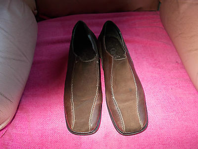 "Caprice  ""on  Air""  Leather  And  Suede  Slip-On  Shoes   -   Size  5.5"