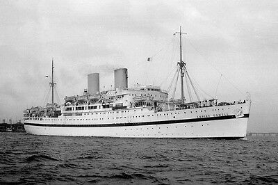 9x6 black and white print of the Orient Line-managed troopship Empire Orwell