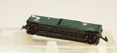 Z-scale MARKLIN AND MTL COUPLER  50'standard box car HARD TO FIND PRR