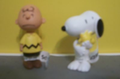 PEANUTS Lot  OF 2 Collectibles Schleich CHARLIE BROWN & SNOOPY W/ WOODSTOCK NWT