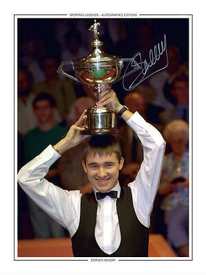 • HAND SIGNED 16x12 PHOTO EDITION SNOOKER 1995 STEPHEN HENDRY