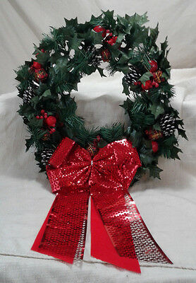 """Vintage Plastic Large 18"""" Christmas Wreath Pinecone Holly Ribbon Box Red Green"""
