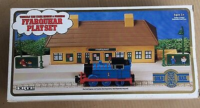 Ertl 4716 Thomas Gold Rail Ffarquhar Station Playset