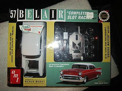 AMT 1957 57 CLASSIC CHEVY BELAIR SLOT CAR MODEL RACING KIT 1/25 Scale NEW SEALED