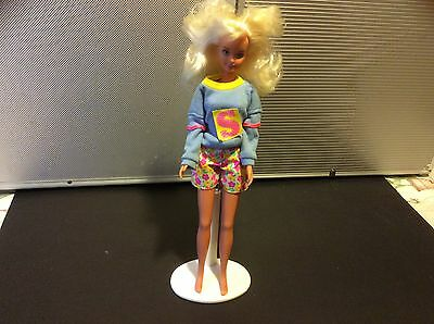 1980's Blonde Sindy Doll with outfit lovely soft hair
