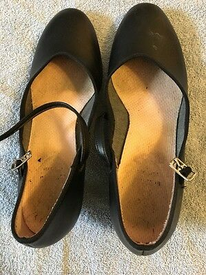 Capezio 550 Black Junior Footlight Character Shoe USED Size 7.5M